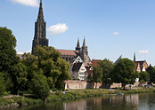 Höchster Kirchturm der Welt, 500 Jahre Baugeschichte