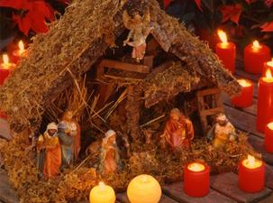Urlaub, Reisen & Städtereise im Dezember... Zu Weihnachten verwandelt sich das bayerische Schwaben rund um Günzburg und Ulm an der Donau in ein wahres Krippen und Kunsthandwerker Paradies. Ausstellungen in Roggenburg, Krumbach, Augsburg und Weihnachtsmärkte zeigen das Handwerk rund um die Krippe, Kunst und mehr. Sie werden entführt in eine zauberhafte Weihnachtswelt!