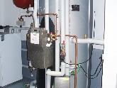Pufferspeicher für Solar- und Wärmepumpe mit Frischwassermodul