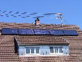 Eine Solaranlage Aufdach kann jederzeit demontiert und nach einer Dachsanierung einfach wieder montiert werden