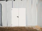 Fassadenverkleidung aus pulverbeschichtetem Aluminium, mit Falztechnik zu einer stabilen Einheit verbunden